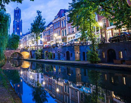 """""""Oude gracht"""" en Dom van Utrecht."""
