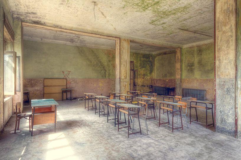Ferien – verlassene Schule von Roman Robroek