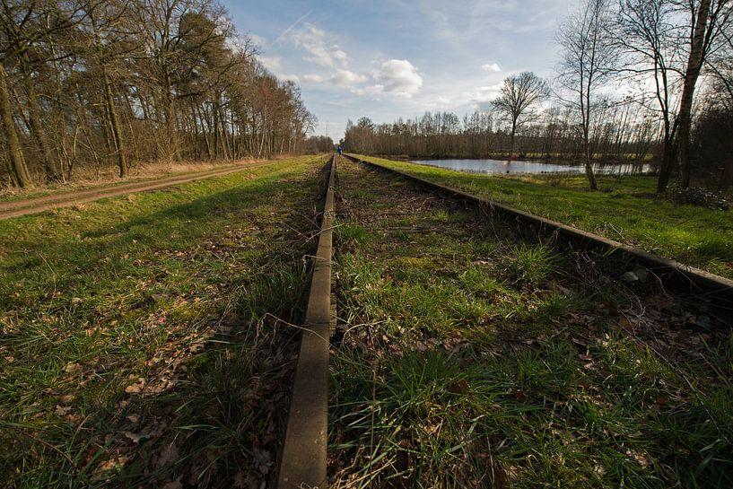 Oude spoorlijn Borkense Baan nabij de Duitse grens in de gemeente Winterswijk van Tonko Oosterink