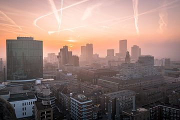 Mistige zonsondergang Rotterdam van AdV Photography