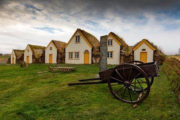 18e eeuwse Boerderij bij Glaumbear te IJsland van Ben van Boom