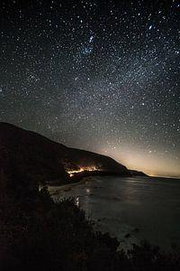 Great ocean road in de nacht van Anne Loman