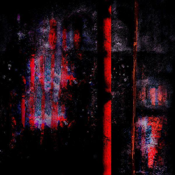Red_Pillar_before_Wall_at_Night van Manfred Rautenberg Photoart