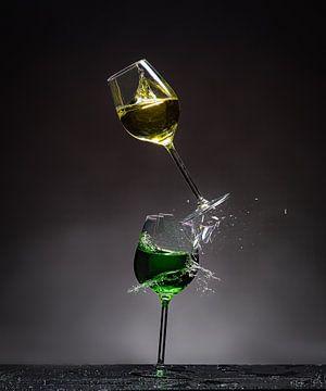 Shattered Glass - Gelb auf Grün von Alex Hiemstra