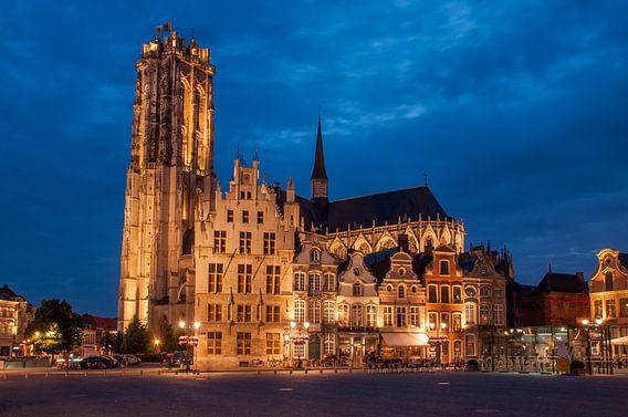 Mechelen: Grote markt & Sint-Romboutskathedraal van Bert Beckers