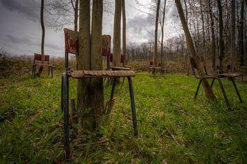 Verlaten Stoelen In Het Landschap   (475779) van Wesley Van Vijfeijken