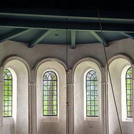 Boogramen in de kerk van Bo Scheeringa