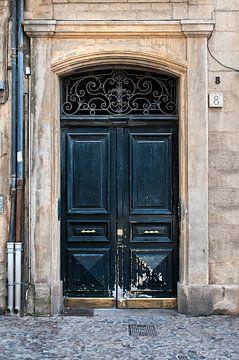 Deur 4 Aix-en-Provence sur Anouschka Hendriks