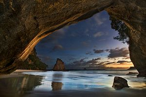 Cathedral Cove, Yan Zhang