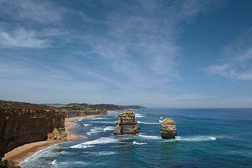 De Twaalf Apostelen (The Twelve Apostles) is een rij van rotsen aan de zuidkust van Australië in de  van Tjeerd Kruse
