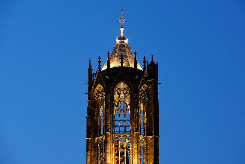 Close-up van de Dom van Utrecht van Donker Utrecht