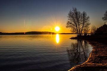 Sonnenuntergang am Brombachsee von Oguz Özdemir