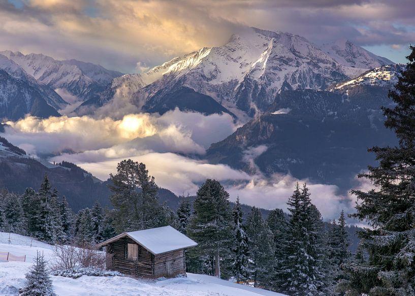 Winterochtend in de bergen van Christa Thieme-Krus