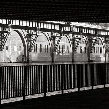 Tunnel - Jannowitzbrücke - Berlin van Silva Wischeropp