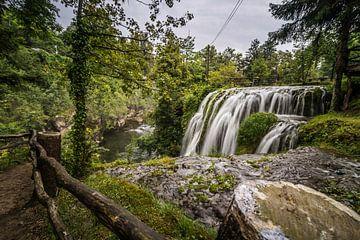 Wasserfall in Rastoke, Kroatien von Rick van Geel