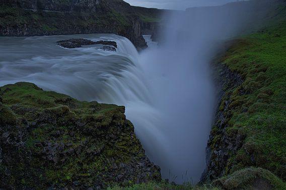 Gullfoss waterval, IJsland van Pep Dekker