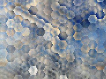 Abstract hexagon patroon in blauw en beige tinten van Maurice Dawson