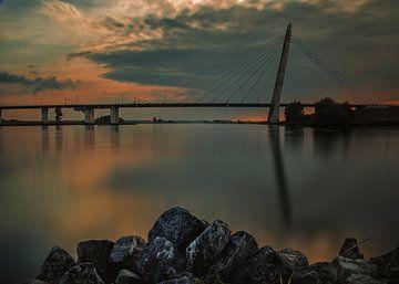 Zonsondergang aan de IJssel van Jos Reimering