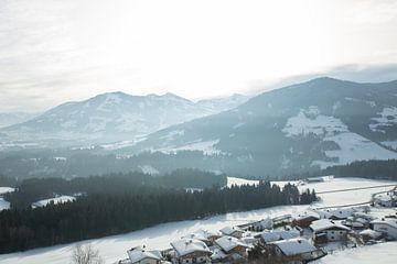 Oostenrijk bergen snow winter landschap von Marjolein Hulst