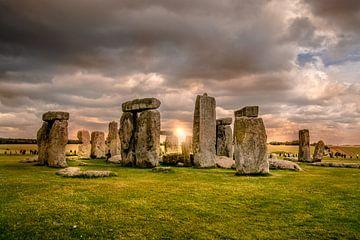 Sunset at Stonehenge van Henry van Schijndel