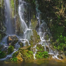 Waterfall at Spring sur Steffen Gierok