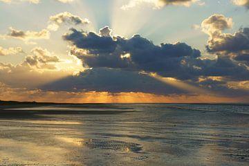 Strand en zee bij Ouddorp van Michel van Kooten