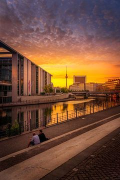 Berlin  early sunrise von Iman Azizi