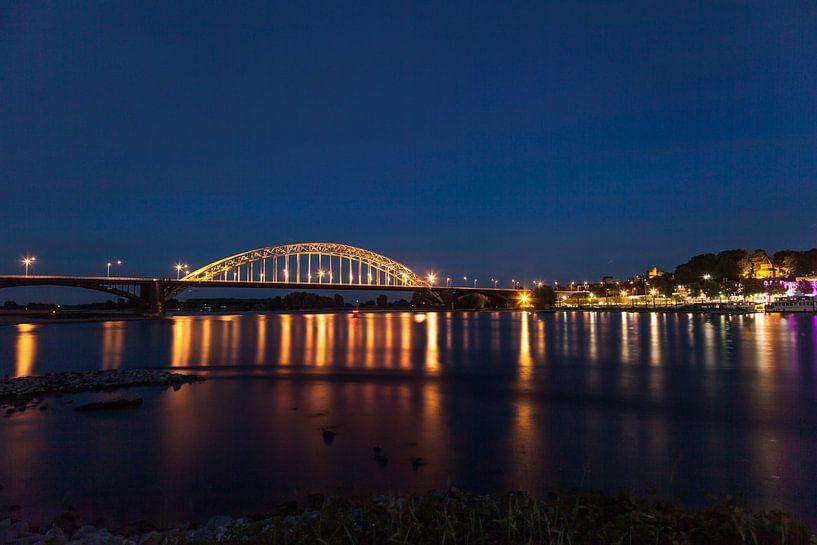 Waalbrug Nijmegen von Roland Smanski