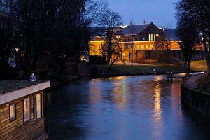 Penitentiaire Inrichting Wolvenplein in Utrecht gezien vanaf de Wittevrouwenbrug