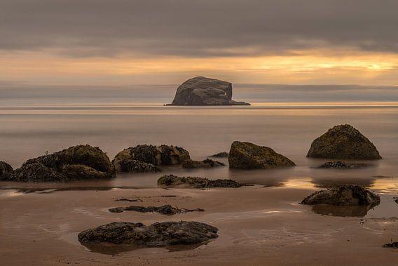 Bass Rock bij zonsopkomst