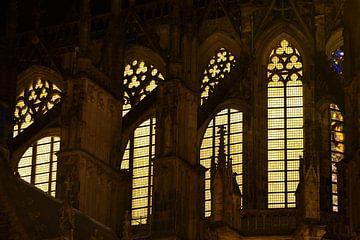 Close-up ramen Domkerk in Utrecht gezien vanaf Achter de Dom van Donker Utrecht