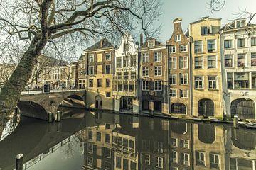 Gaardbrug en Magazijn de Vlijt aan de Oudegracht van Utrecht