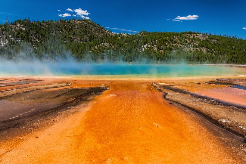 Grand prismatic spring Yellowstone van Ilya Korzelius