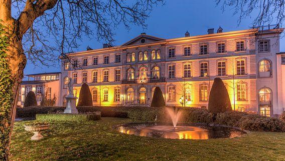 Hotel Kasteel Bloemendal in Vaals van John Kreukniet