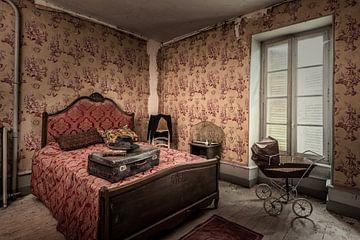 Urbex-Fotografie in einem verlassenen Schloss in der Auvergne Frankreich von Keesnan Dogger Fotografie