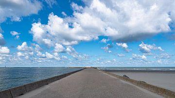 Wolken über dem Nordpier von Arno van der Poel