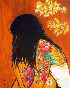 Yvette  met kleurige bloemtatoeages van Ineke de Rijk