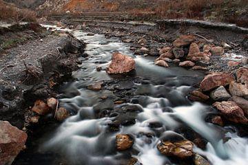 Mountain River van Cornelis (Cees) Cornelissen