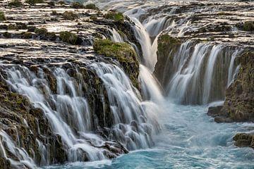 Großer Wasserfall in Island von Ralf Lehmann
