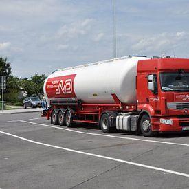 Truck met bulkoplegger 1 van Arthur Wijnen