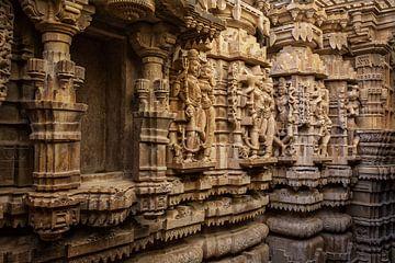 Intérieur du temple Jain à Jaisalmer, Inde. sur Tjeerd Kruse