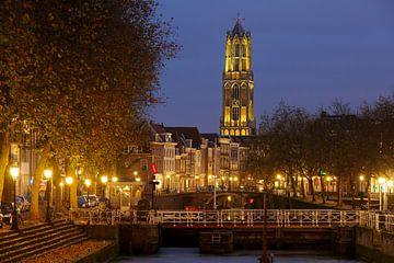 Weerdsluis, Oudegracht und gelber Utrechter Dom von Donker Utrecht
