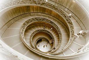 Staircase, wenteltrap in het Vaticaanmuseum, Rome, Italy van