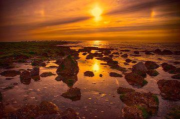 Zonsondergang aan zee van Egon Zitter