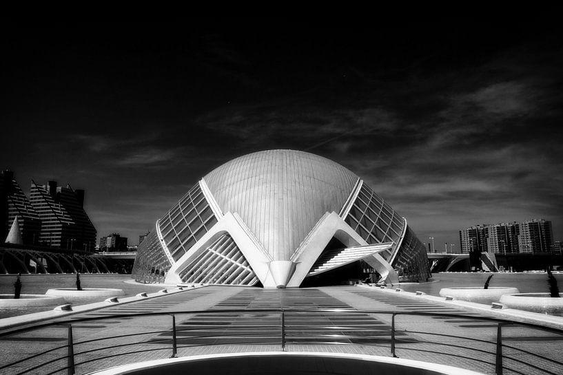 Onheilspellende Calatrava van Rick Crauwels