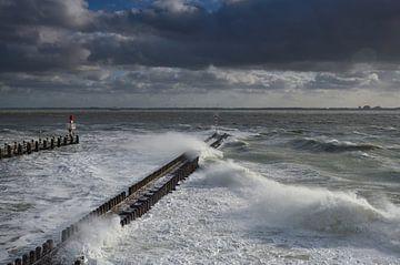 Storm bij de pier in Vlissingen van Martin Jansen