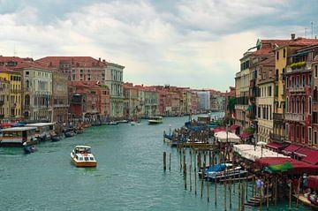 Canal Grande Venetië (Italië) van Marcel Mombarg