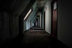 Decaying corridor
