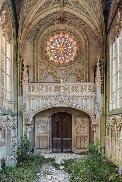 Kirche mit Fenster von Perry Wiertz