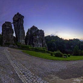 Externsteine - Panorama zum Sonnenuntergang von Frank Herrmann
